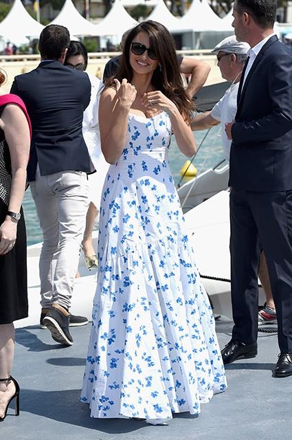 Пенелопа Крус вышла в свет в платье Ralph Lauren